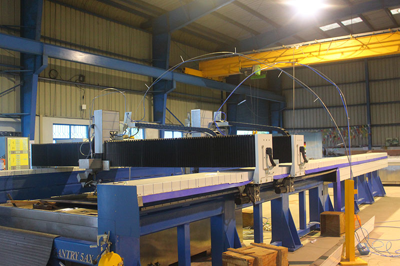 Large CNC machine manufacturers